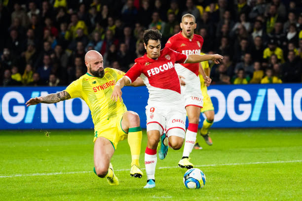 Championnat de France de football LIGUE 1 2018-2019-2020 - Page 30 Wissam-ben-yedder-of-monaco-and-nicolas-pallois-of-nantes-during-the-picture-id1178143433?k=6&m=1178143433&s=612x612&w=0&h=8VSaufpLDOixfRApsvLNuU0W49Eig-mOvJHxK56P9KA=