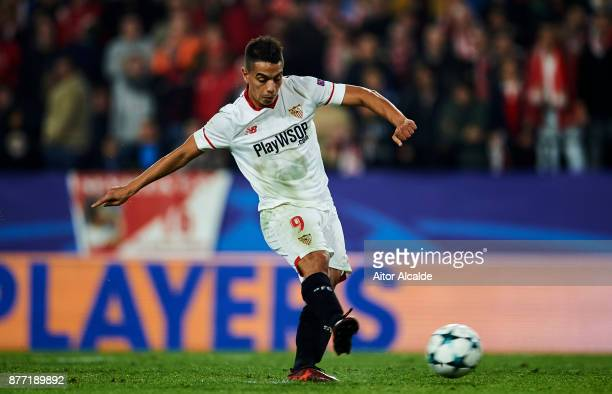 Wissam Ben Yedder of Sevilla FC sciores a goal during the UEFA Champions League group E match between Sevilla FC and Liverpool FC at Estadio Ramon...