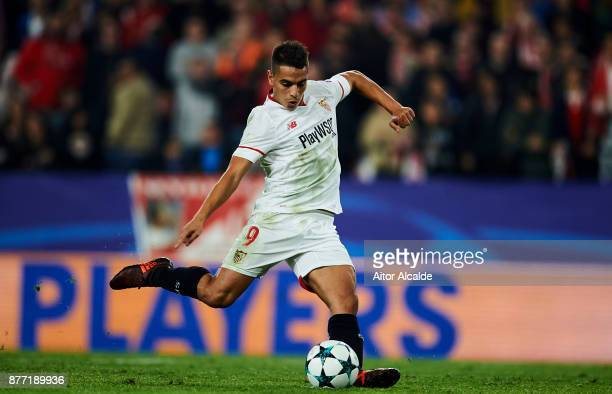 Wissam Ben Yedder of Sevilla FC scores a goal during the UEFA Champions League group E match between Sevilla FC and Liverpool FC at Estadio Ramon...