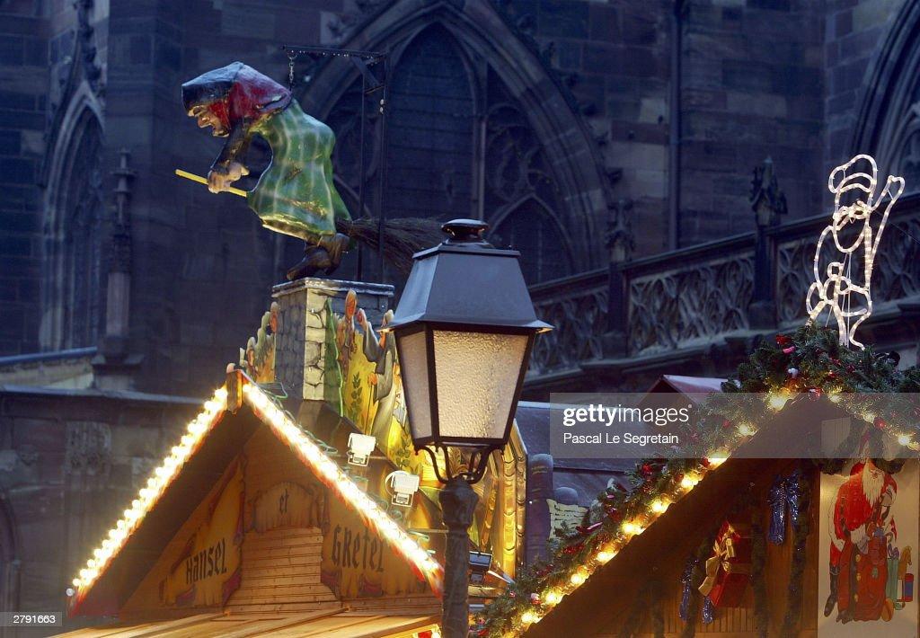 Annual Christmas Market In Strasbourg : Fotografía de noticias