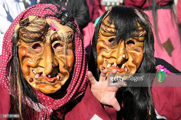 Hexen Karneval Masken auf einer parade