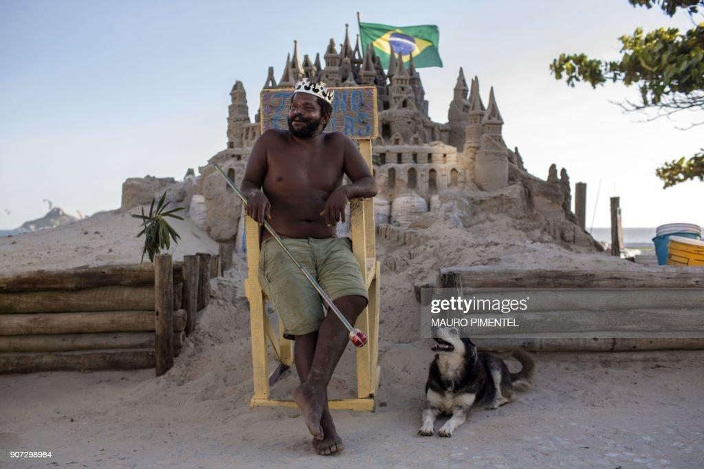 DOUNIAMAG-BRAZIL-ART-SAND CASTLE : News Photo