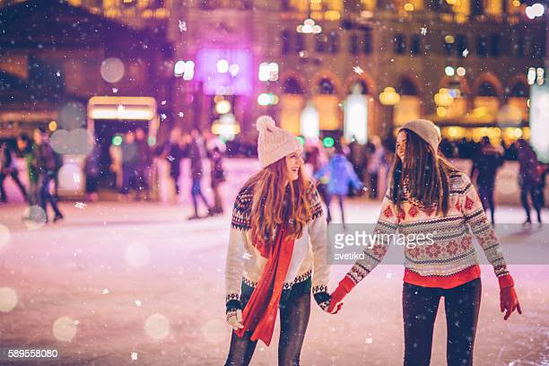 with bestie for christmas - ice skate stock pictures, royalty-free photos & images