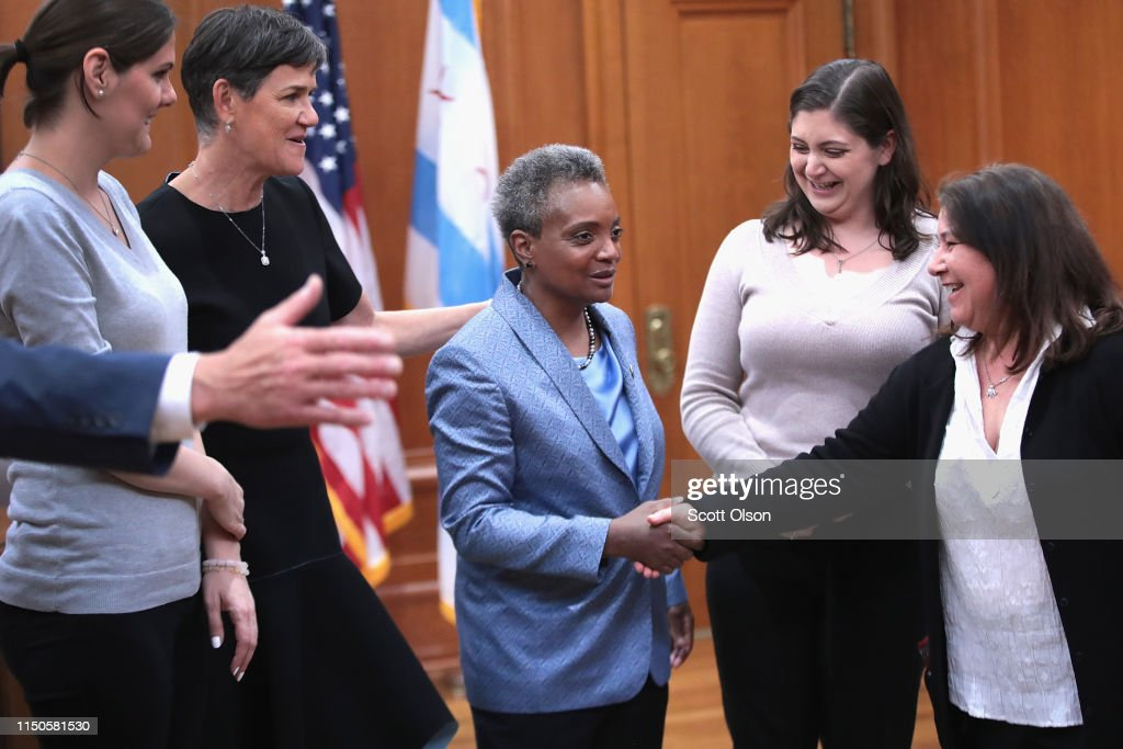 With Her Wife Amy Eshleman By Her Side Lori Lightfoot Greets Guests News Photo Getty Images 2,229 likes · 52 talking about this. https www gettyimages com detail news photo with her wife amy eshleman by her side lori lightfoot news photo 1150581530
