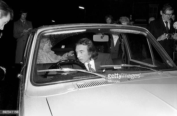 With him left to right George Dwyer Violet Kray and Susan Dwyer January 1975 7500141004