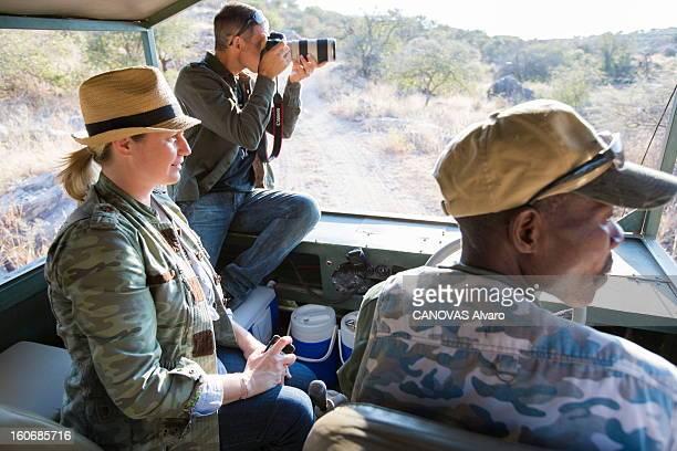 With Paul And Luana Belmondo In Namibia Paul BELMONDO et son épouse Luana à la découverte de la Namibie à bord du SUV Skoda Yeti 20 TDI 4 x4 le...