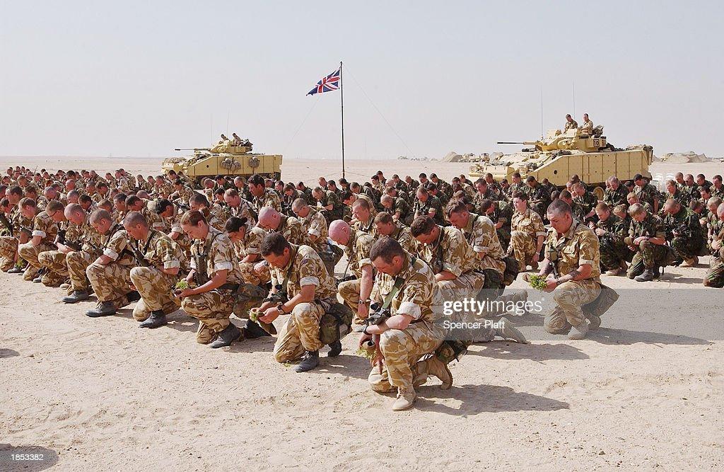 Irish Guard Regiment Holds St. Patrick's Day Parade In Kuwaiti Desert : News Photo
