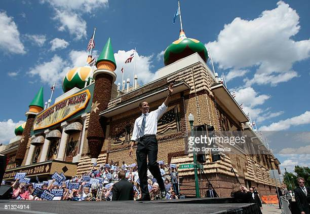With the Corn Palace rising up behind him Democratic presidential hopeful Sen Barack Obama arrives at a rally June 1 2008 in Mitchell South Dakota...
