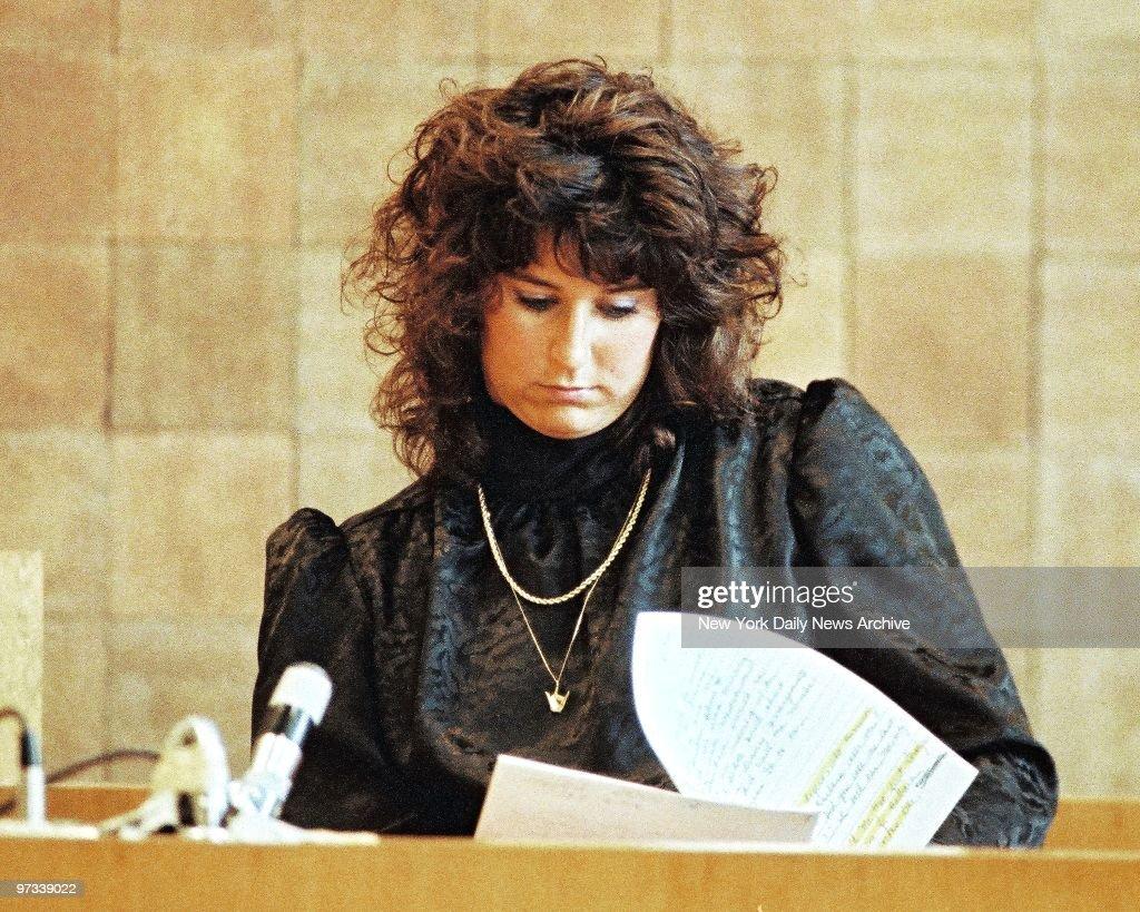 Witness Tammy Rogers, also a teacher testifies at 'Fatal Att : News Photo