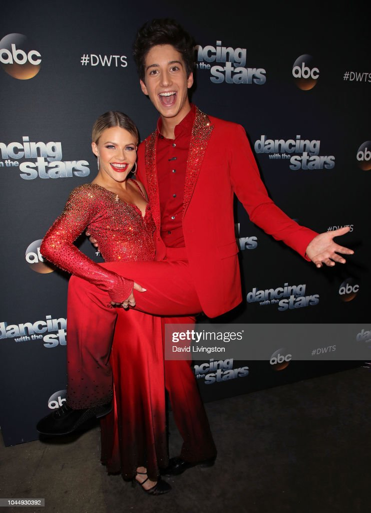 """Dancing With The Stars"" Season 27 - October 2, 2018 - Arrivals : News Photo"