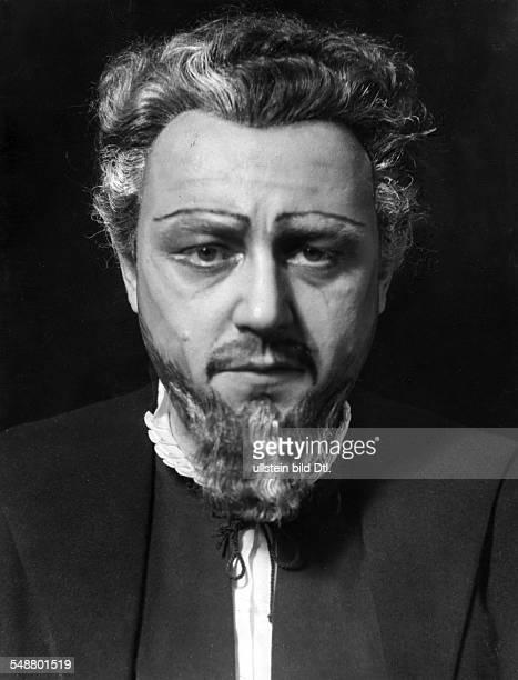 Wittrisch Marcel * Opera singer tenor Germany in the opera 'Palestrina' by Hans Pfitzner at Staatsoper Berlin Germany 1939 Photographer Charlotte...