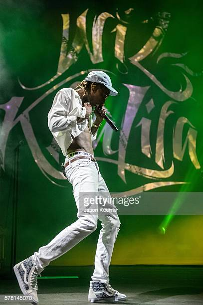 Wiz Khalifa performs on stage at Perfect Vodka Amphitheatre on July 20 2016 in West Palm Beach Florida