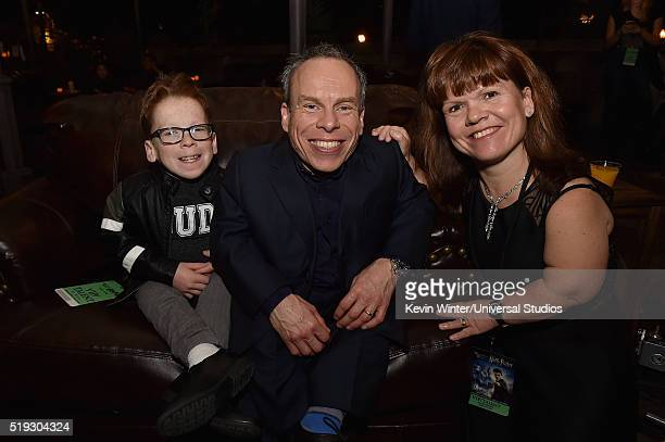 HOLLYWOOD 'Wizarding World of Harry Potter Attraction Opening' Pictured Harrison Warwick actors Warwick Davis and Samantha Davis at the opening of...