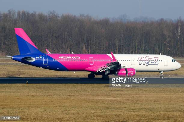 WizzAir A321 aircraft rolling out after a flight from Budapest at Eindhoven airport