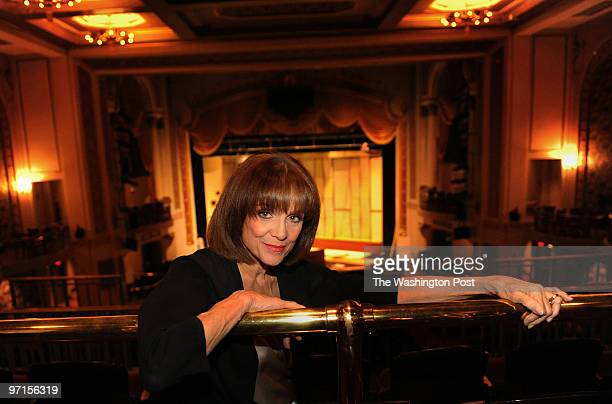 wkstage29 DATE May 18 2009 Lincoln Theater Washington DC NEGATIVE # 207908 CREDIT Gerald MartineauTWP Valerie Harper interview shots We photograph...