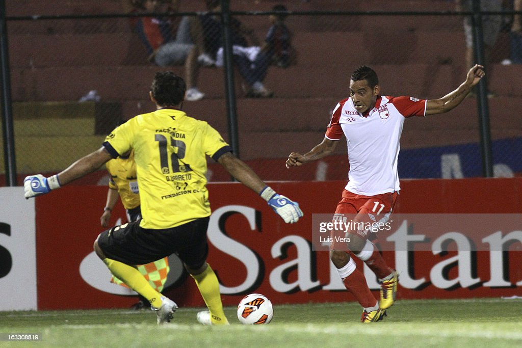 Cerro Porteno v Santa Fe - Copa Bridgestone Libertadores 2013
