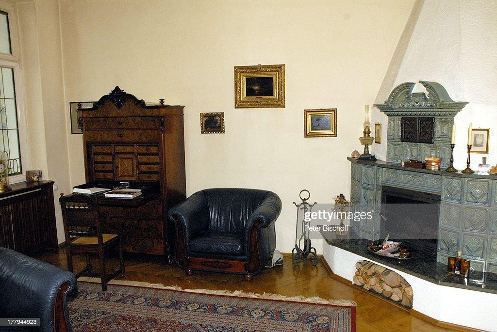 Latest Wohnzimmer Von Gunther Emmerlich Homestory Villa Dresden Sachsen  Deutschland Europa With Wohnzimmer Ofen