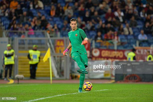 Wojciech Szczesny during the Italian Serie A football match between AS Roma and US Palermo at the Olympic Stadium in Rome on october 23 2016