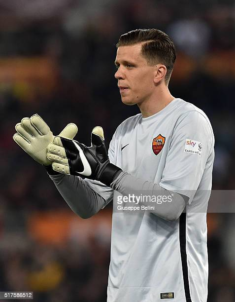 Wojciech Szczesny of AS Roma in action during the Serie A match between AS Roma and FC Internazionale Milano at Stadio Olimpico on March 19 2016 in...