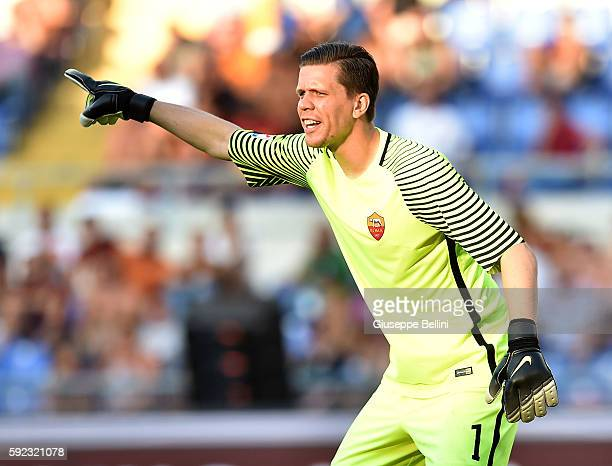 Wojciech Szczesny of AS Roma in action during the Serie A match between AS Roma and Udinese Calcio at Olimpico Stadium on August 20 2016 in Rome Italy