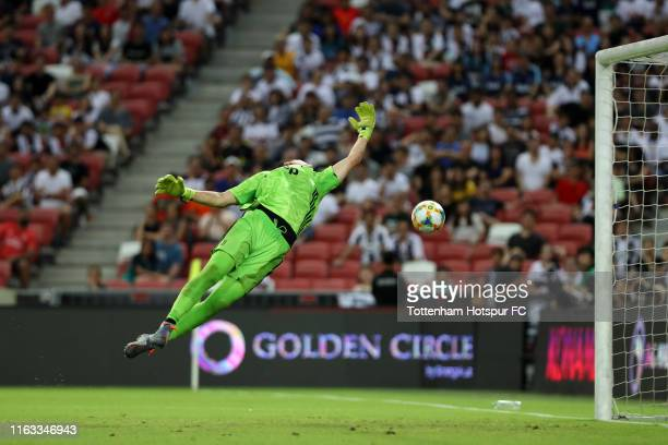 Wojciech Szczesny of Juventus dives in vain to allow Harry Kane of Tottenham Hotspur scoring his side's third goal during the International Champions...