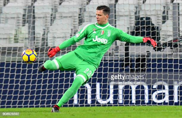 Wojciech Szczesny of Juventus in action during the Serie A match between Juventus and Genoa CFC on January 22 2018 in Turin Italy