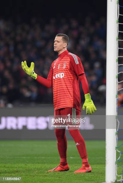Wojciech Szczesny of Juventus in action during the Serie A match between SSC Napoli and Juventus at Stadio San Paolo on March 3, 2019 in Naples,...