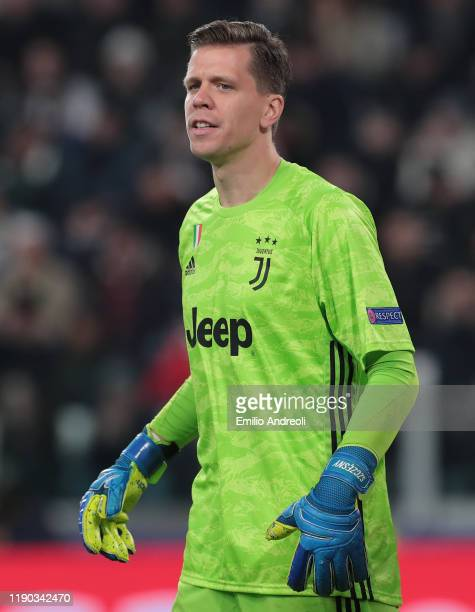 Wojciech Szczesny of Juventus looks on during the UEFA Champions League group D match between Juventus and Atletico Madrid at Allianz Stadium on...