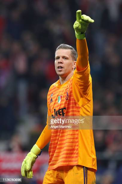 Wojciech Szczesny of Juventus reacts during the UEFA Champions League Round of 16 First Leg match between Club Atletico de Madrid and Juventus at...