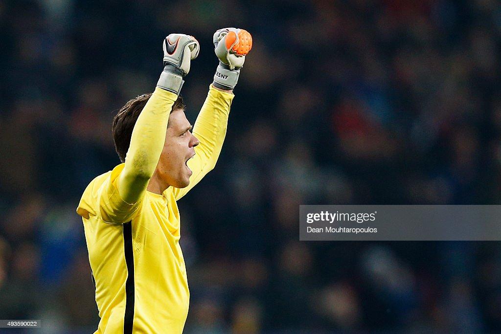 Bayer 04 Leverkusen v AS Roma - UEFA Champions League : News Photo