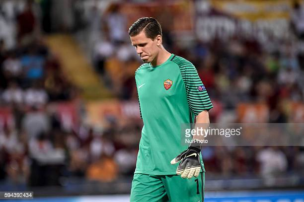 Wojciech Szczesny of Roma during the match between FC Porto v AS Rome UEFA Champions League playoff match in Rome Italy on August 23 2016