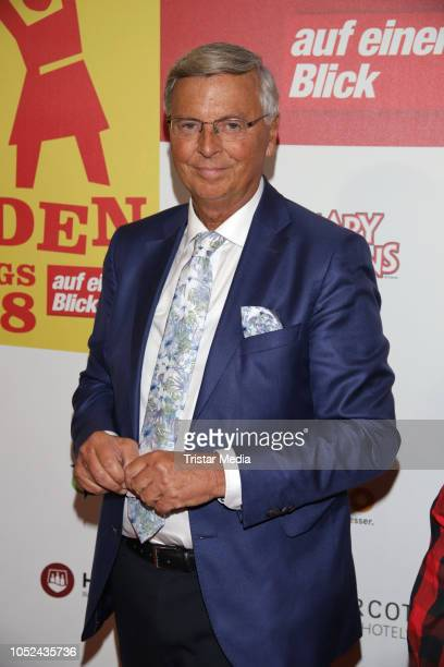 Wolfgang Bosbach attends the 'Helden des Alltags' gala at Theater Kehrwieder on October 17 2018 in Hamburg Germany