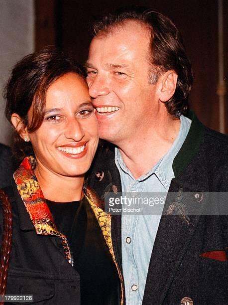 Wolfgang Fierek mit Ehefrau DjamilaMendil Party 40 Jahre Ariola München