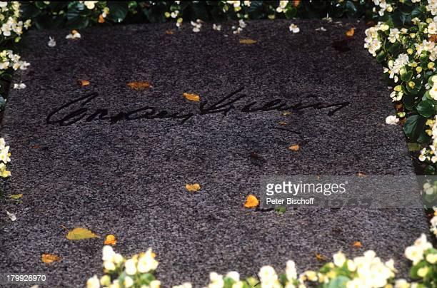 Wolfgang Kieling Grabstätte FriedhofBlumen