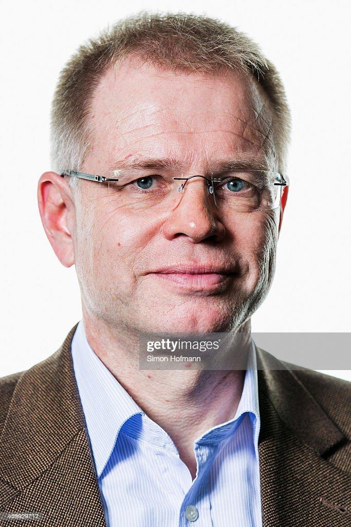 DFB National Association General Manager - Photocall : Nachrichtenfoto