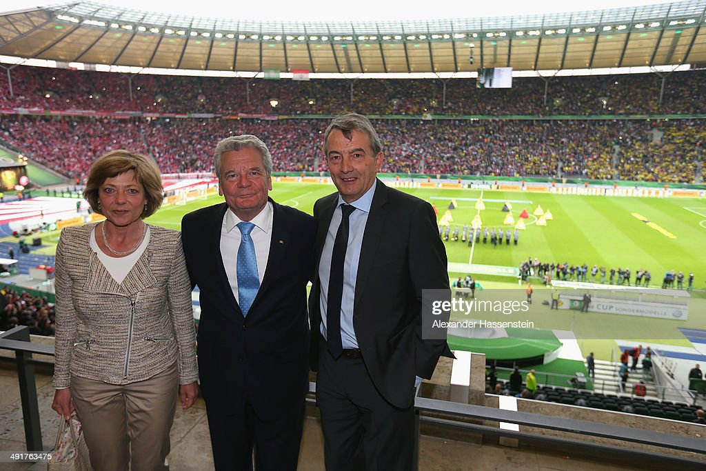 DFB Cup 2014 - Green Carpet & Hall Of Fame