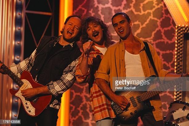 Wolfgang Petry mit Band 'Die deutscheSchlagerparade'Sondersendung zur'Goldenen Stimmgabel 96'