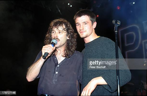 Wolfgang Petry mit Sohn Achim live auf derBühne