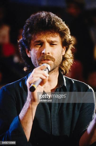 Wolfgang Petry Musician Singer Pop music Germany performing 1983