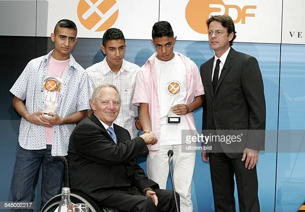 "Wolfgang Schaeuble - Politician, Federal Minister of the Interior, CDU, Germany - at the XY- Award ""together against the crime"", the laureates..."