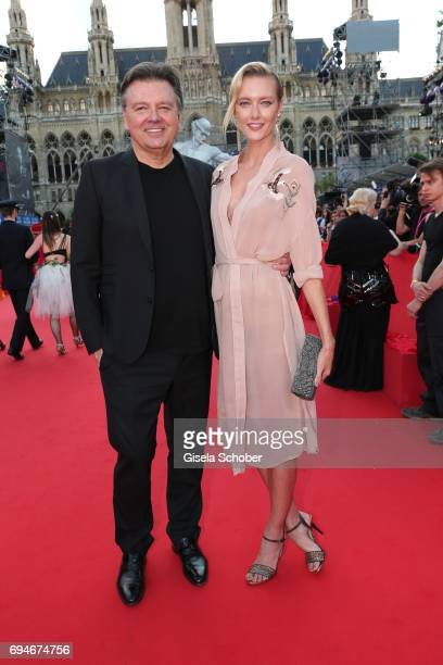 Wolfgang Schwarz and model Anastassija Makarenko, girlfriend of Mickey Rourke during the Life Ball 2017 at City Hall on June 10, 2017 in Vienna,...