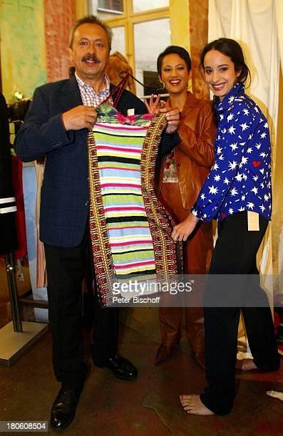 """Wolfgang Stumph und Tochter Stephanie Stumph ,Madeleine Wehle , ORB-Show """" Der große Abend mit Wolfgang Stumph"""" Boutique in Berlin, Deutschland,..."""