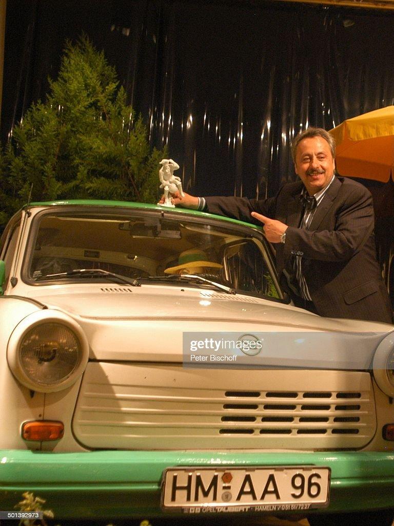 """Wolfgang Stumph (Münchhausen-Preisträger 2004), """"Verleihung des Münchhausen-Preises  : News Photo"""