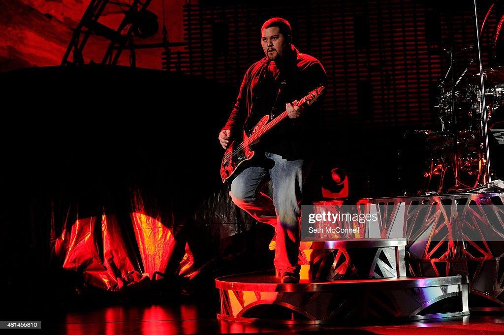 Van Halen Perfoms at Red Rocks Amphitheatre : News Photo