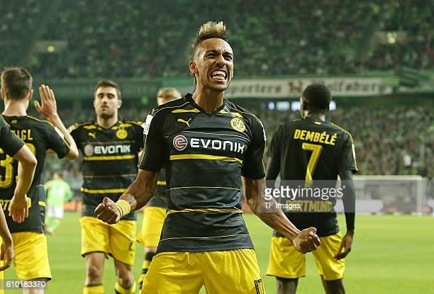 Wolfsburg Germany 1Bundesliga 4 Spieltag VfL Wolfsburg BV Borussia Dortmund Jubel Torschuetze PierreEmerick Aubameyang zum Tor zum 02'n