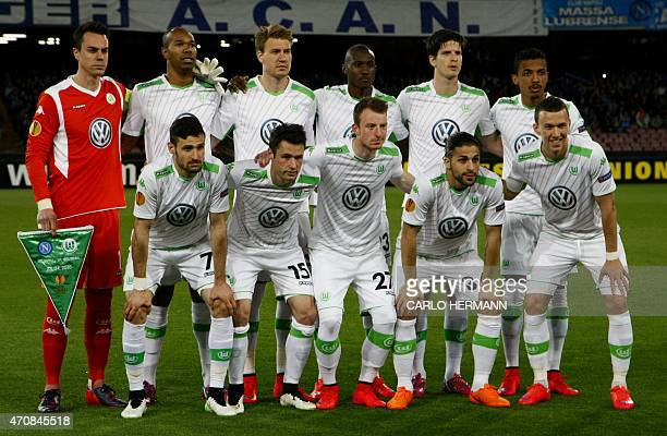 Wolfsburg players pose before the UEFA Europa League quarter final second leg football match SSC Napoli vs VFL Wolfsburg on April 23, 2015 at the San...