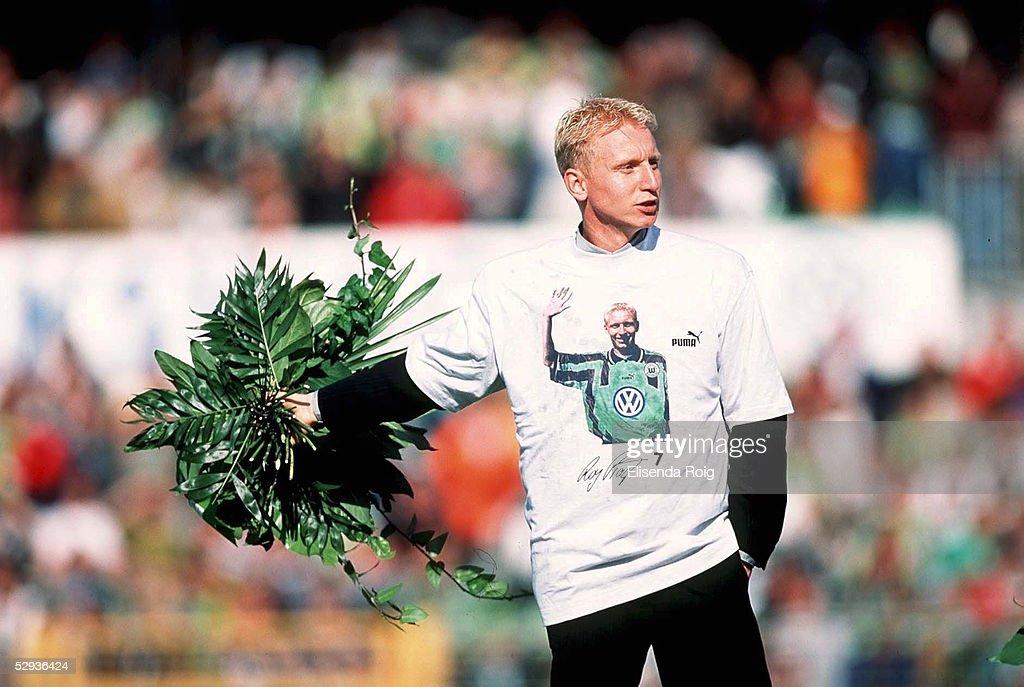 FUSSBALL: 1.BUNDESLIGA 98/99 : Nachrichtenfoto