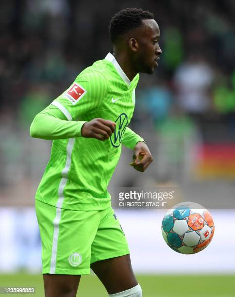 Wolfsburg's Belgian forward Dodi Lukebakio plays the ball during the German first division Bundesliga match between Union Berlin and VfL Wolfsburg in...