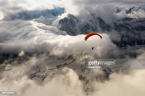 wolkenflug - glider stock photos and pictures