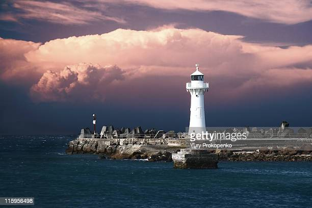 wollongong breakwater lighthouse - wollongong stock pictures, royalty-free photos & images